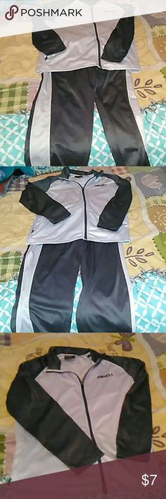 Mens track suit outfit. Great Condition, men's jogging, walking outfit. 100% polyester, warm during the winter, cool during the spring and summer. It would be nice to roll out of bed and put this on first thing in the morning even if your just going for a morning walk or staying at home for the day. AND-1 Suits & Blazers