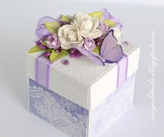 A beautifully wrapped box Magic Box, Exploding Gift Box, Decorated Gift Bags, Scrapbook Box, Diy Crafts For Girls, Decoupage Vintage, Diy Box, Keepsake Boxes, Diy Gifts