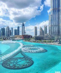 Dubai im Stadtzentrum gelegen - ✨✨ Dubai , UAE ✨✨ - Dubai Golf, Dubai Uae, Dubai City, World Travel Guide, Dubai Travel, Qatar Travel, Urban Life, United Arab Emirates, Travel Goals