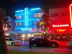 The Colony Hotel in Ocean Drive at Night picture in Miami Beach Colony Hotel Miami, Norway Beach, Mozambique Beaches, Miami Art Deco, Book A Hotel Room, Great America, Night Pictures, Norway Travel, Ocean Drive
