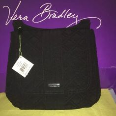 Vera Bradley mailbag in Classic Black NWT This is a great everyday purse. Lots of pockets and long adjustable strap. Has a front flap which hides 2 slip pockets. Inside the main compartment there are 2 slip pockets. The back also has a smaller zip pocket. From my clean smoke free home. Vera Bradley Bags Crossbody Bags