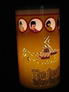 Beatles-Yellow-Submarine-Shimmering-Table-Lamp