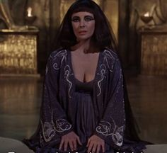 Cleopatra and Caesar talk about Julius's feelings and war http://mariaefmilliner.com/cleopatra-a-review-of-the-35-dresses-she-wears-on-the-movie/