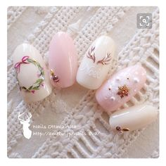 Christmas pink nails More Luxury Beauty - winter nails - Love Nails, Pink Nails, Gel Nails, Acrylic Nails, Style Nails, Christmas Nail Designs, Christmas Nail Art, White Christmas, Christmas Design