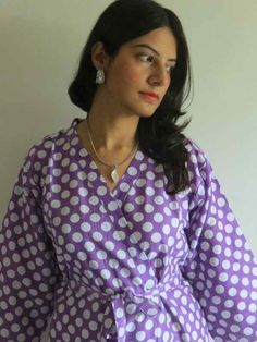 Knee length Robe Style Made From R7 Fabric Pattern