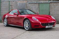 The 612 Scaglietti never caught up with Ferrari fans, so it makes for a great used (super)car buy. New Sports Cars, Exotic Sports Cars, Exotic Cars, Classic Motors, Classic Cars, Ferrari 612, Expensive Sports Cars, Dream Car Garage, Pretty Cars