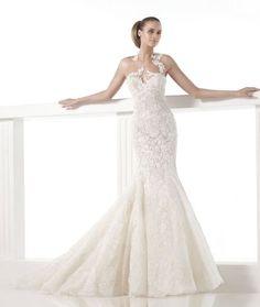 Pronovias 2015 y los vestidos de novia corte sirena más glam