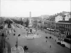 Avenida da Liberdade Portuguese, Paris Skyline, Landscapes, Times, History, Travel, 1930s, Lisbon Portugal, Old Pictures