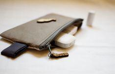 baGGy purse tutorial Purse Tutorial, Handmade Purses, Usb Flash Drive, Handmade Bags, Usb Drive, Handmade Handbags