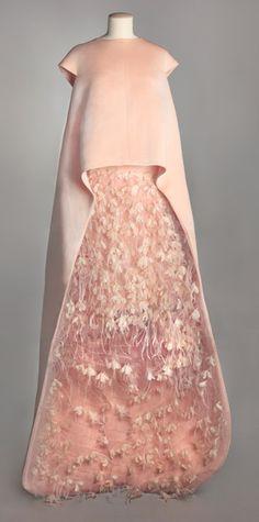 Expo paris haute couture - Robe en taffetas Balenciaga - AH 1967-68