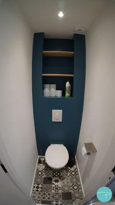 Small Toilet Room, Toilette Design, Simple Bedroom Decor, Archi Design, Home Hacks, Interior Design Living Room, Bird Houses, New Homes, Bathroom