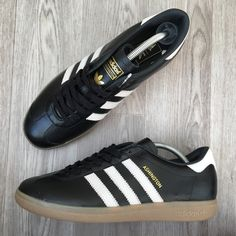 Adidas Ashington. Article: BZ0578. Year: 09/16. Made in Vietnam.