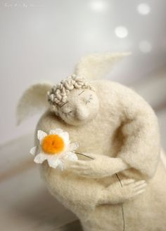 Needle Felt Angel - Dreamy  Angel With A Daisy - Needle Felted Art Doll Angel - Easter Cottage Home Decor -  Guardian Angel - Valentine Doll