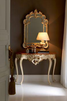 Elegant Italian Designer Classic Console And Mirror Set - Juliettes Interiors Classic Furniture, Luxury Furniture, Furniture Decor, Furniture Design, Interior Exterior, Home Interior Design, Classic Consoles, Modern Console Tables, Luxury Decor