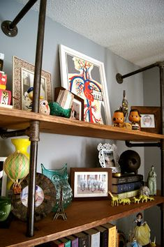 Wouldn't it be Lovely: DIY Shelves