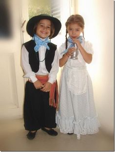 Niños Gauchos. Argentina. Argentina Culture, Visit Argentina, Cowgirl Costume, Bible School Crafts, Thinking Day, Beautiful Children, Traditional Dresses, Girl Scouts, Flower Girl Dresses