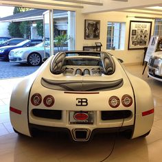 Bugatti Veyron  Hit it from the back
