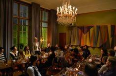 Yli kaksikymmentä nuorta yrittäjää ympäri Varsinais-Suomea kerääntyi torstaina 23.2. viettämään rentoa iltaa yhdessä.