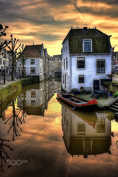 Oudewater, Holland by Ton lع Jeune https://hotellook.com/countries/brazil?marker=126022.viedereve