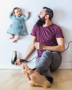 When these parents wanted to make a unique photo series of their adorable new daughter, they decided to ditch the wild props and photoshop for some fun photos. Creative Photography, Children Photography, Newborn Photography, Family Photography, Photography Ideas, Photography Camera, Photography Books, School Photography, Photography Tutorials