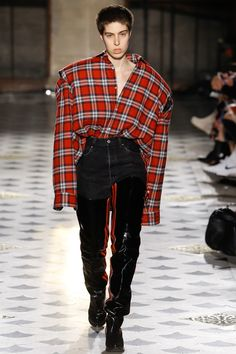 Vetements, Look #29