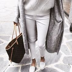 White and grey fall outfit with Louis Vuitton Neverfull tote bag