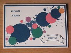 Diese Karte ist in den aktuellen In Colors, hauptsächlich in 'Jeansblau' und 'Flüsterweiß' gehalten. Der Hintergrund wurde mit dem Stempelset 'G0rgeous Grunge' b…