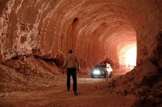 Photos: Coober Pedy, Land of Opals and Underground Living -- National Geographic Travel Post Apocalyptic Movies, Underground Living, 3d Chalk Art, Australian Continent, National Geographic Travel, Dark Fantasy Art, Daily Photo, South Australia, Black And Grey Tattoos