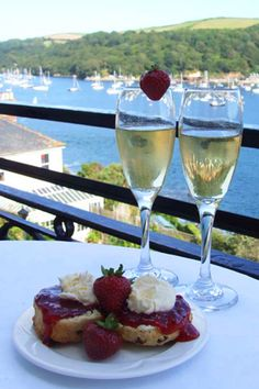 Dining at the Fowey Hotel , Cornwall.