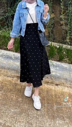Korean Casual Outfits, Casual Hijab Outfit, Korean Girl Fashion, Muslim Fashion, Hijab Fashion Inspiration, Mode Hijab, Photos, Ideas, Style