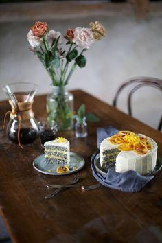 Tarta de calabacín y semillas de amapola con lemon curd