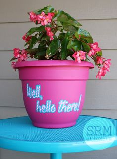 Dress up a flower pot with some SRM vinyl for a fun way to decorate your front porch. Patterned Vinyl, Flower Pots, Flowers, Silhouette Projects, Front Porch, Planter Pots, Decal, Stickers, Garden