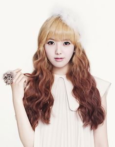 Hello Venus // Romantic Love // Yoonjo