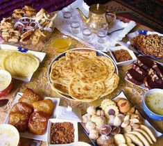 Morocco My Homeland 3 Moroccan Food 3 Morrocan Food, Moroccan Dishes, Moroccan Kitchen, Moroccan Pastries, Moroccan Breakfast, Libyan Food, Breakfast Pictures, Exotic Food, Middle Eastern Recipes