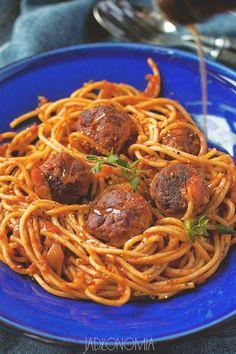 Spaghetti z pulpetami » Jadłonomia