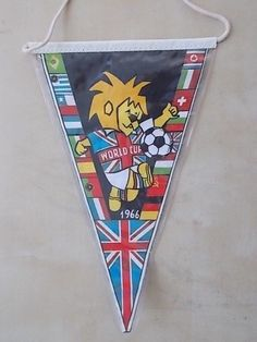World Cup 1966 Pennant Football Cards, Football Players, 1966 World Cup Final, Everton Fc, England Football, Some People, Lions, Coupons, Shirt