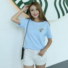 2016 Summer Little Flower Emboridered Fresh Basic Loose Casual Short Sleeve Female T-shirt