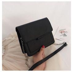 Leather Purses, Leather Handbags, Brown Handbags, Leather Totes, Sacs Design, Popular Handbags, Cute Purses, Cheap Purses, Big Purses
