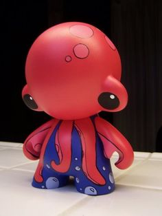 Octopus Munny by ~miss-shelby on deviantART