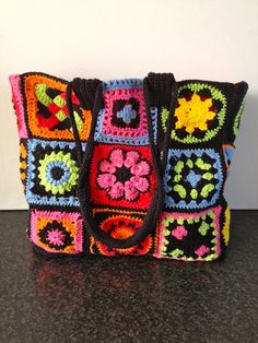 Love this granny squares bag by Jellina. Picture only.