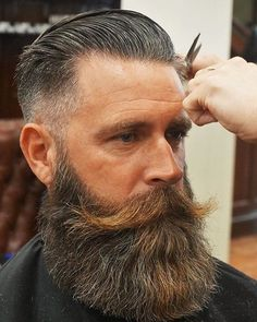 "thelastofthewine: "" bristlr: ""Shape up. Tag to be featured. 💪👍 #beard #beards #beardy #bearded #beardedman #beardedmen #beardedgentleman #beardlife #beardlove #beardlover #beardporn #beardsandtattoos #beardsofinstagram #beardstagram #instabeard..."
