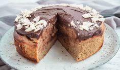 Mug cake gingerbread mug - HQ Recipes Mugcake Recipe, Dessert Drinks, Desserts, Danish Food, Spiced Coffee, Healthy Cake, Cake Decorating Tips, Cakes And More, Yummy Cakes
