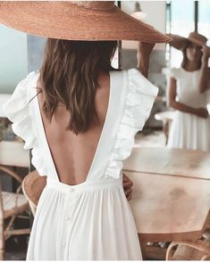 Discover recipes, home ideas, style inspiration and other ideas to try. Love Fashion, Fashion Looks, Womens Fashion, Mode Outfits, Fashion Outfits, Looks Hippie, Summer Outfits, Summer Dresses, Bohemian Mode