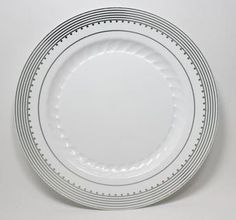 Plates Catering Supplies - Plastic Plates and Catering Supplies specializes in plastic wedding plates paper  sc 1 st  Pinterest & If youu0027re looking for the convenience of disposable dinnerware and ...