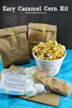DIY Gift: Easy Caramel Corn Kit -- perfect take home gift after movie night, football party, or even for Halloween treats! So easy and affor...