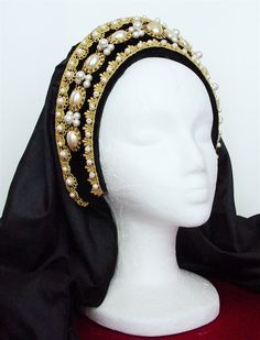 Discover recipes, home ideas, style inspiration and other ideas to try. Anglo Saxon Clothing, Historical Clothing, Anne Boleyn, Headdress, Headpiece, Barbie, Renaissance Hat, Tudor Dress, African American Fashion
