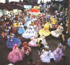 Maracatu - Maracatu - Wikipedia, the free encyclopedia