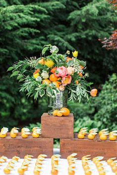 Summer Wedding Ideas *Attn 2019 Brides*: Here Are the Year's Top Wedding Trends Fruit Wedding, Brunch Wedding, Orange Wedding, Summer Wedding, Wedding Colors, Autumn Wedding, Wedding Reception, Wedding Table Centerpieces, Flower Centerpieces