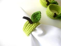 napkin rings - i should learn crocheting :)