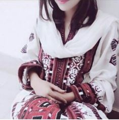 Stylish Girls Photos, Stylish Girl Pic, Girl Photo Poses, Girl Photos, Balochi Girls, Balochi Dress, Asian Bridal Dresses, Silhouette Photography, Profile Picture For Girls
